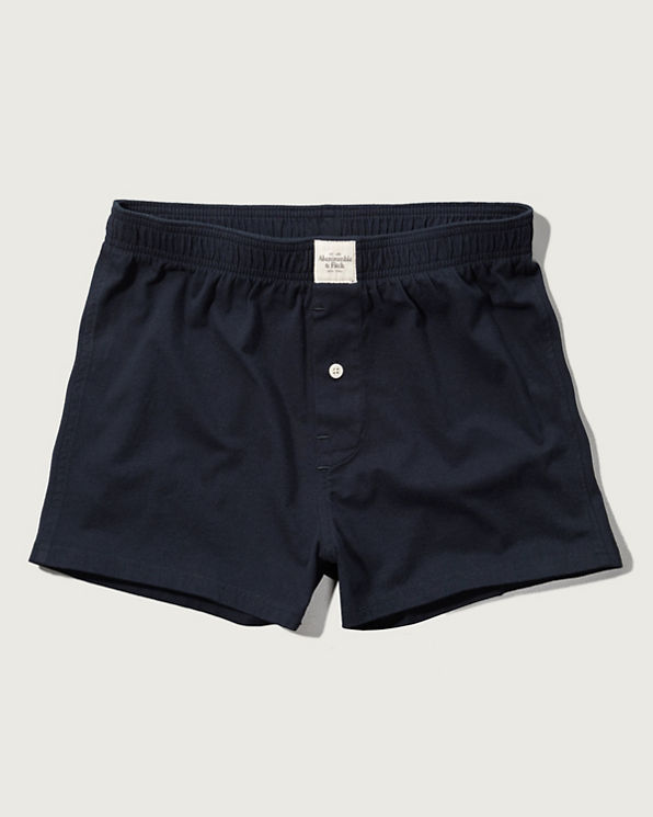 Boxer Shorts. Wide-leg boxers resemble shorts. There's enough space between your legs and the fabric to create a breathable fit that keeps you cool and reduces sweat. Although typically made from a blend of cotton and polyester, certain high-end boxer shorts are crafted from luxurious silk fabric.