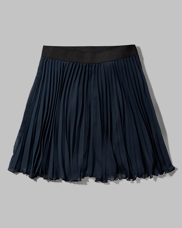 Creative Mary Quant Made These Popular, Twiggy Loved Them, And We Cant Get Enough Of This Seasons Mini Skirt Trend Either