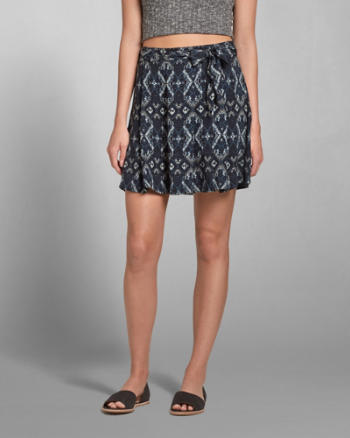 Womens Pattern Drapey Skater Skirt