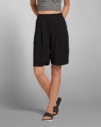 Womens Structured Slim Bermuda Shorts