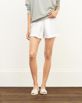 Womens Pleated Structured Shorts
