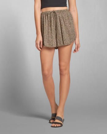 Womens Leopard Pattern Drapey Shorts