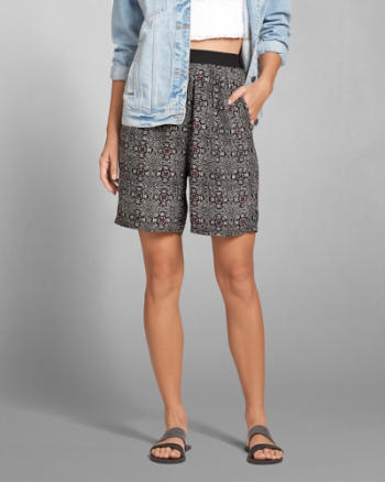 Womens Printed Bermuda Shorts
