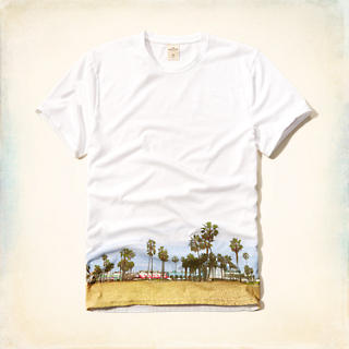 Photoreal Beach Graphic Tee