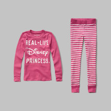 girls Disney graphic sleep set
