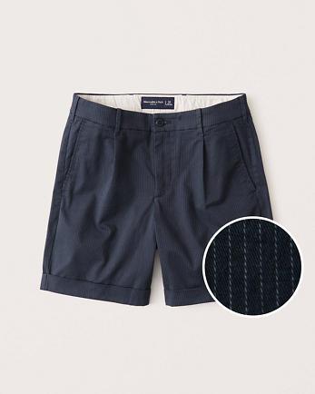 ANFCuffed-Hem Pleated Shorts
