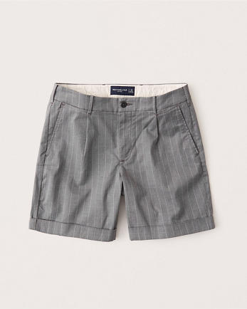 ANFCuffed-Hem Pleated Shorts