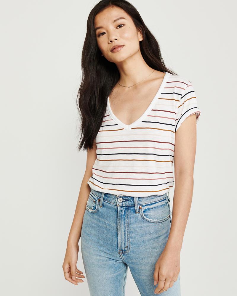 873be3cae51d Mujer Camiseta suave con escote en V A&F   Mujer Prendas superiores ...