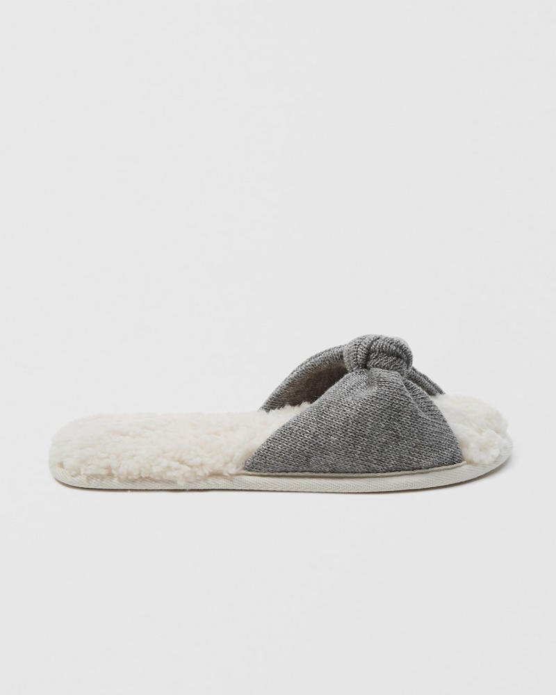Bow Slippers by Abercrombie & Fitch