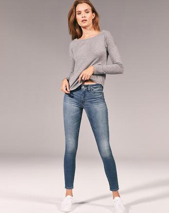 9800141b Low Rise Super Skinny Jeans, Medium Wash