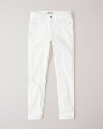 ANFRipped Low Rise Ankle Jeans
