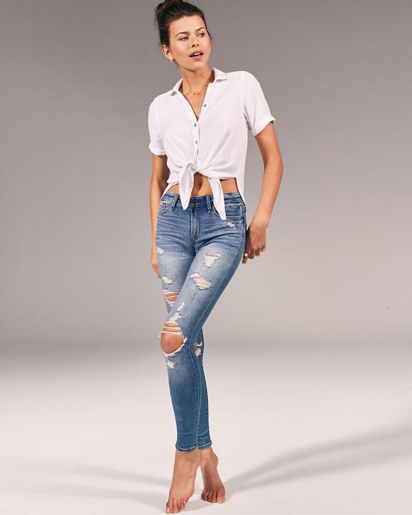 Jeans superajustados y rasgados de tiro bajo | HollisterCo.com