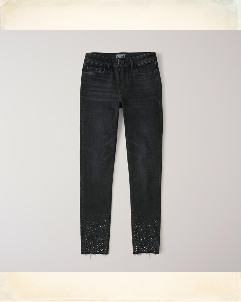 Jeans al tobillo de tiro bajo con adornos | HollisterCo.com