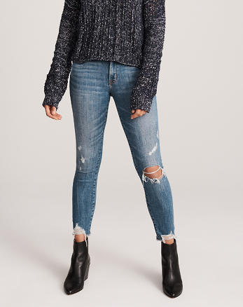 65b35dedb2 Jeans tobilleros de tiro bajo