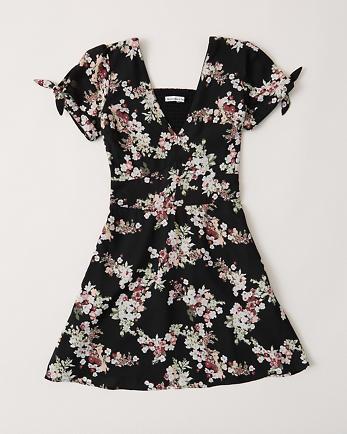 ANFTie-Sleeve Mini Dress