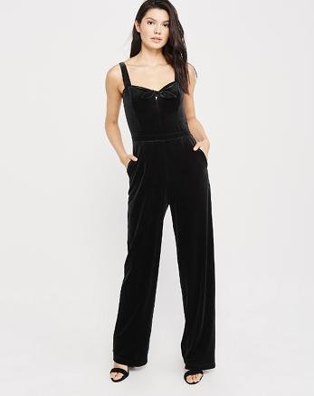 4fbaa697ec5b Cap Sleeve Lace Crochet V Neck Wrap Romper Shorts t