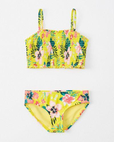 82c464333451 chica bikini con bordado de nido de abeja   chica bañadores ...