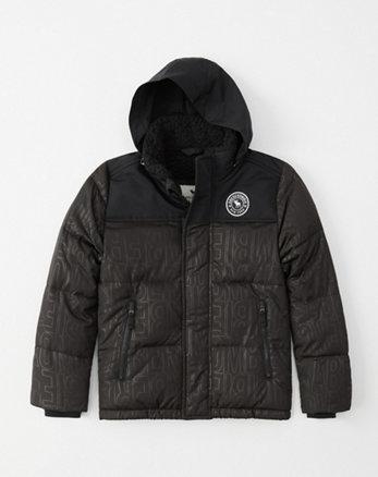 b1ae13e188 chaqueta acolchada con cuello alto y capucha oculta
