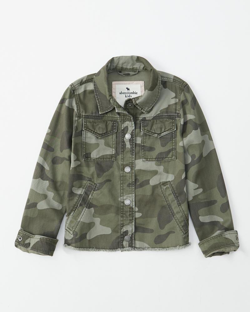 75657a4634b38 cropped camo jacket | Abercrombie.sg