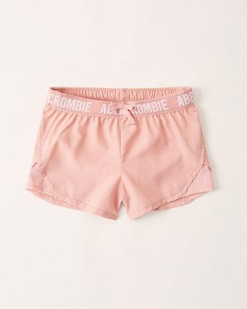 kidsmid rise active logo shorts