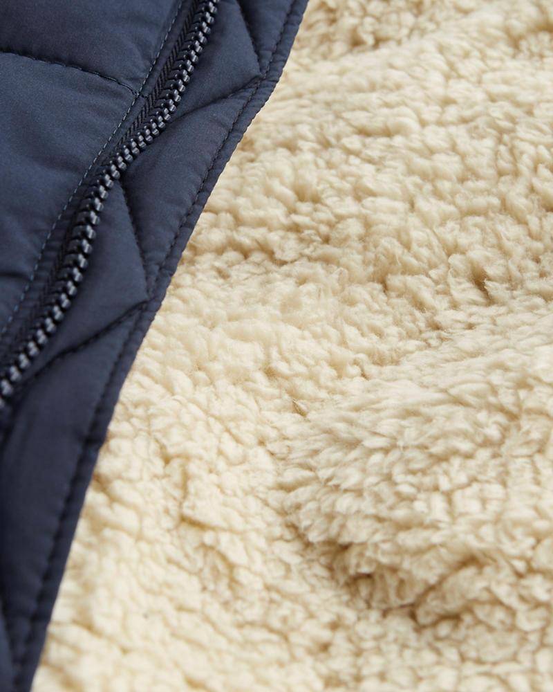 Guys - Chaqueta acolchada con capucha, forro de sherpa y relleno ...