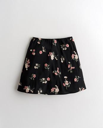 홀리스터 Hollister High-Rise Woven Mini Skirt