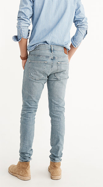 If you're looking for slim jeans, try our Men's Skinny Jeans in a variety of washes and colors at American Eagle Outfitters.