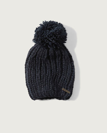 ANF Cable-knit Slouchy Beanie