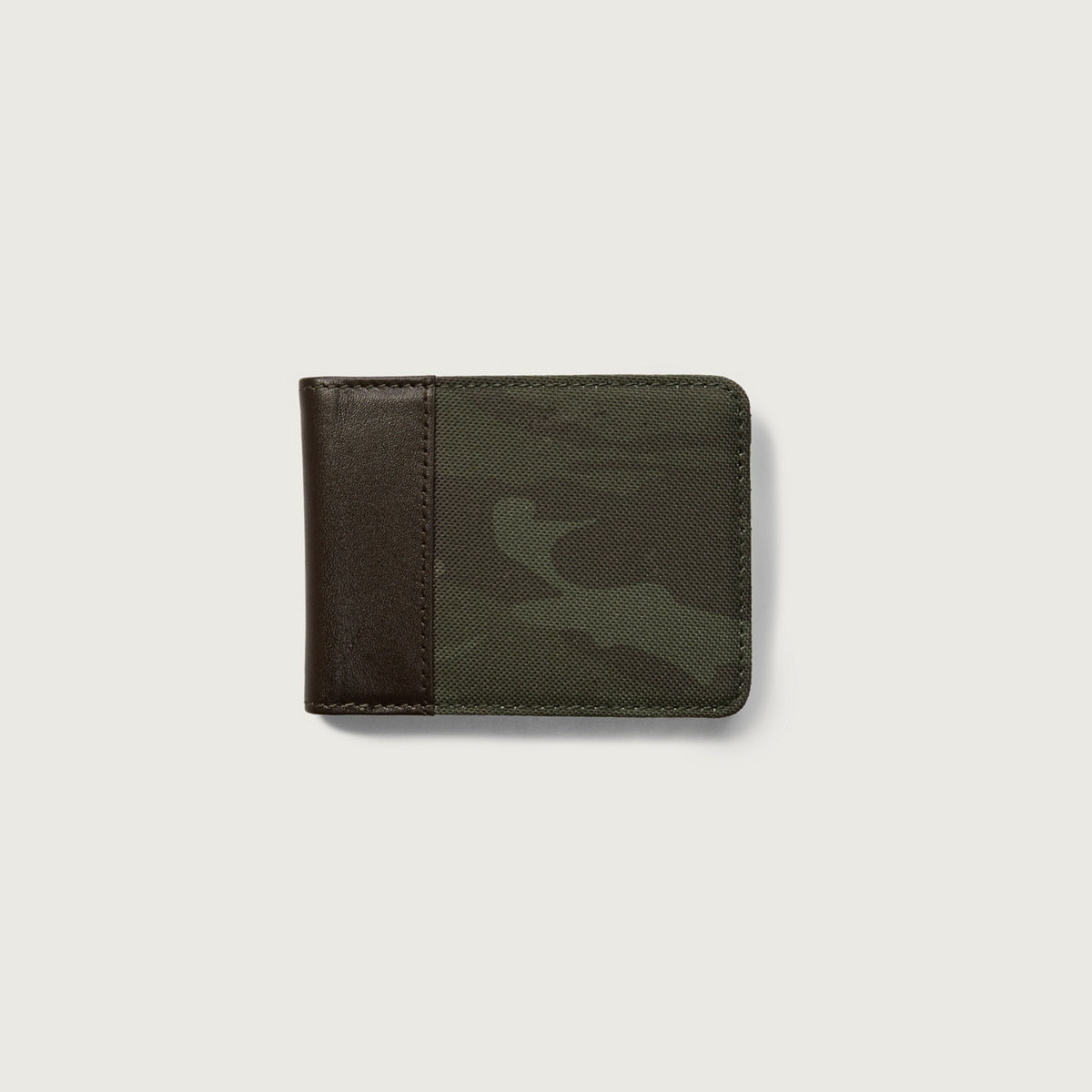 Contrast Billfold Wallet