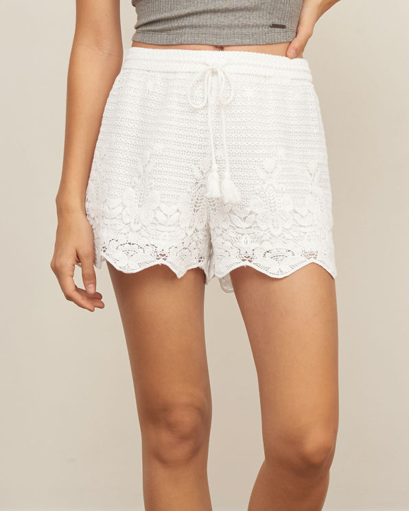 Knit crochet shorts with tiered scalloped lace. HDE Women's Lace Shorts Fitted Scallop Hem Crochet Mini Hot Pants. by HDE. $ - $ $ 2 $ 15 99 Prime. FREE Shipping on eligible orders. Some sizes/colors are Prime eligible. out of 5 stars Product Features Classic tiered crochet .