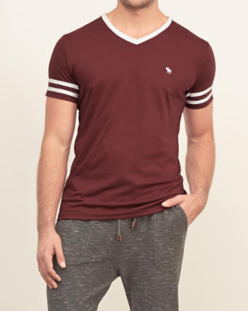 ANF Contrast V-neck Tee
