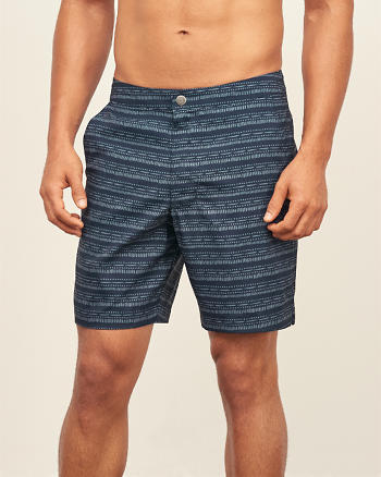 ANF 7'' Tailored Trunk Fit Shorts