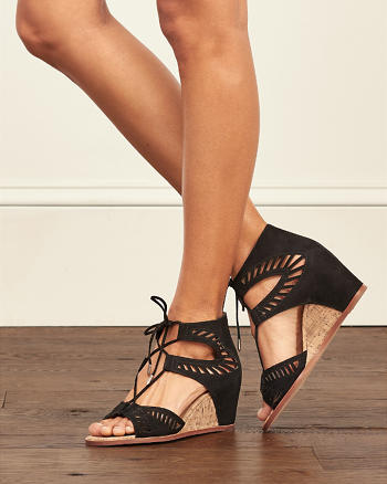 ANF Dolce Vita Linsey Wedges