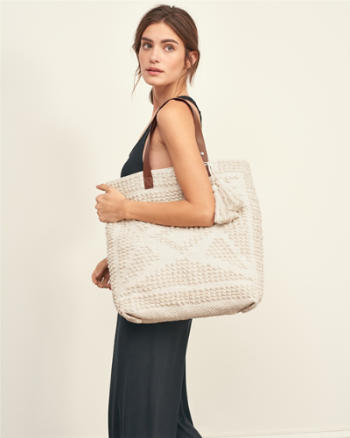 ANF Diamond Textured Tote