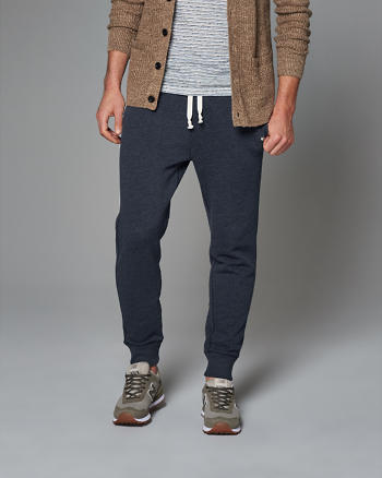 ANF Essential Jogger