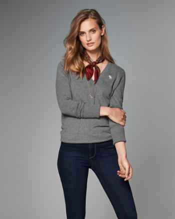 Womens Logo V-Neck Sweater