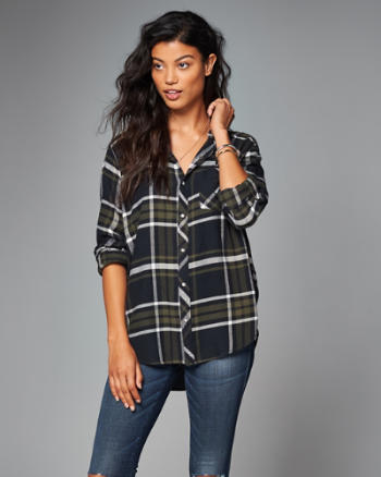 Womens Boyfriend Fit Flannel Button-Up Shirt