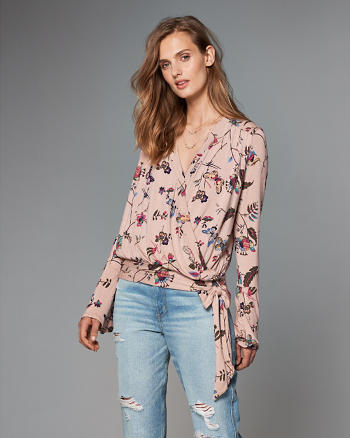 ANF Wrap-Front Top