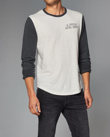 Mens Varsity Logo Long-Sleeve Tee