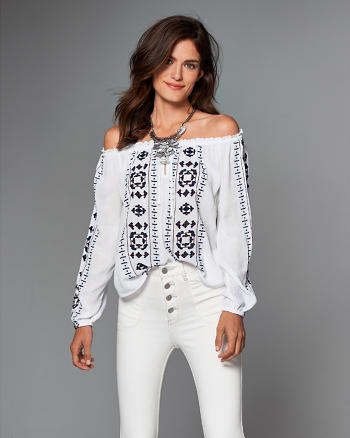 ANF Embroidered Off The Shoulder Top