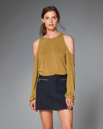 ANF Cold Shoulder Peasant Top