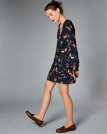 ANF Tie-Sleeve Shift Dress