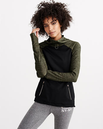 ANF Active Raglan Funnel Neck Popover