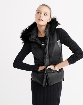 ANF Hooded Puffer Vest