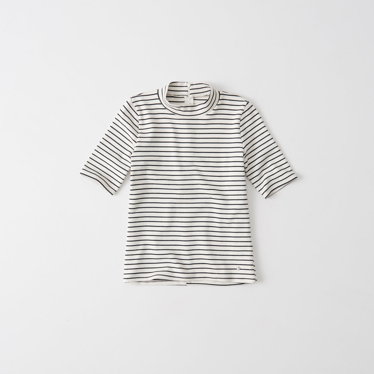 Slim Mock Neck Tee