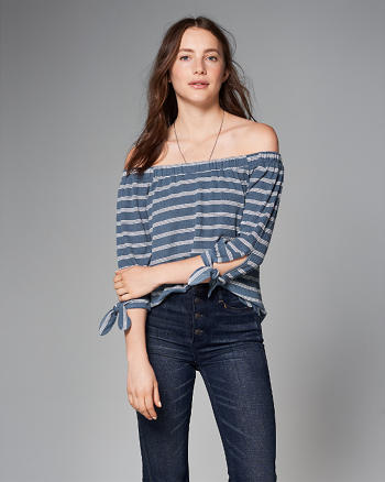 ANF Easy Knit Off-The-Shoulder Top