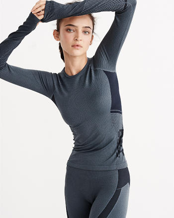 ANF Active Textured Long-Sleeve Tee
