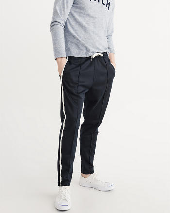 ANF Pleated Cropped Pants