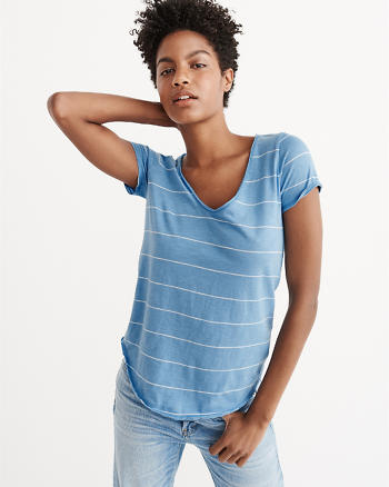 ANF The A&F Relaxed V-Neck Tee