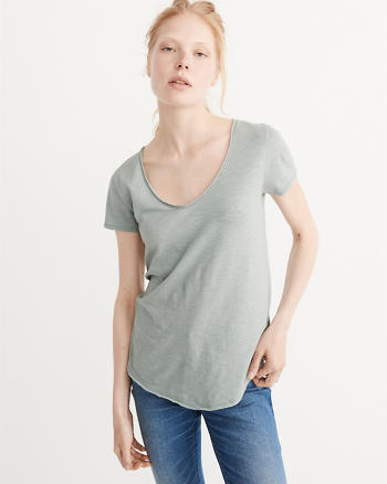 ANF Relaxed V-Neck Tee